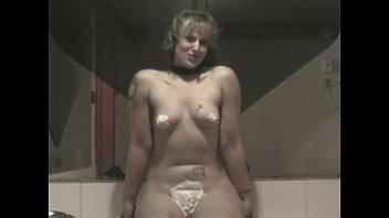 Шикарная 40-летняя мамаша ебется с молодым хахалем